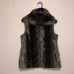 Jackets & Blazers - Faux Fur Reversible Vest!!